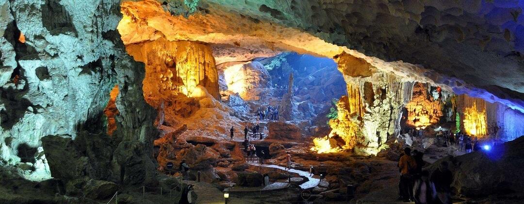 Sung Sot Cave - Halong Bay, Vietnam