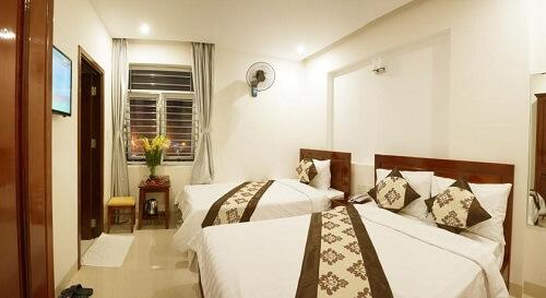 Deluxe Triple Room Hotel M01 - Danang, Vietnam